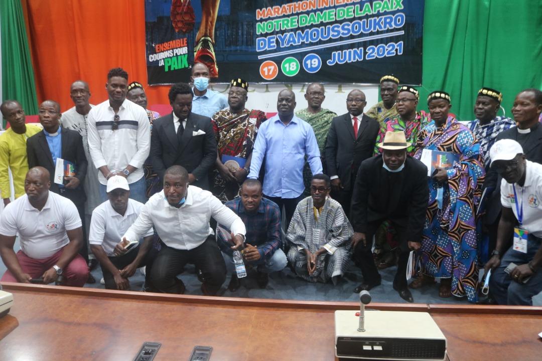 yamoussoukro-le-marathon-international-notre-dame-de-la-paix-officiellement-lance-plusieurs-stars-annoncees