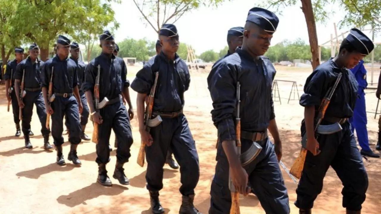 burkina-faso-au-moins-11-policiers-tues-dans-une-attaque-dans-le-centre-nord