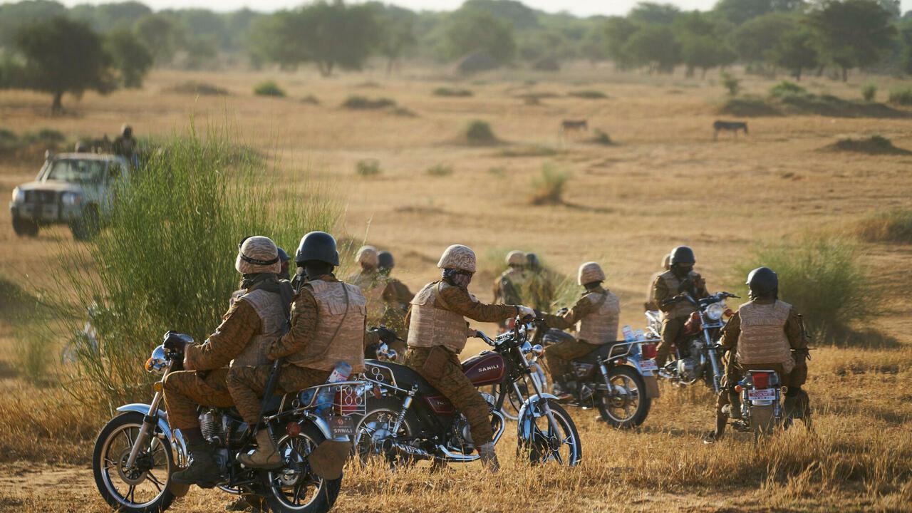 burkina-faso-au-moins-47-civils-et-militaires-tues-dans-une-attaque-dans-le-sahel