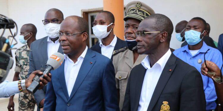 lutte-contre-lebola-le-ministre-vagondo-diomande-met-les-transporteurs-vereux-en-garde