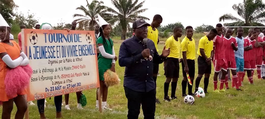 tournoi-de-football-a-ndouci-douze-equipes-engagees-pour-le-quotvivre-ensemble