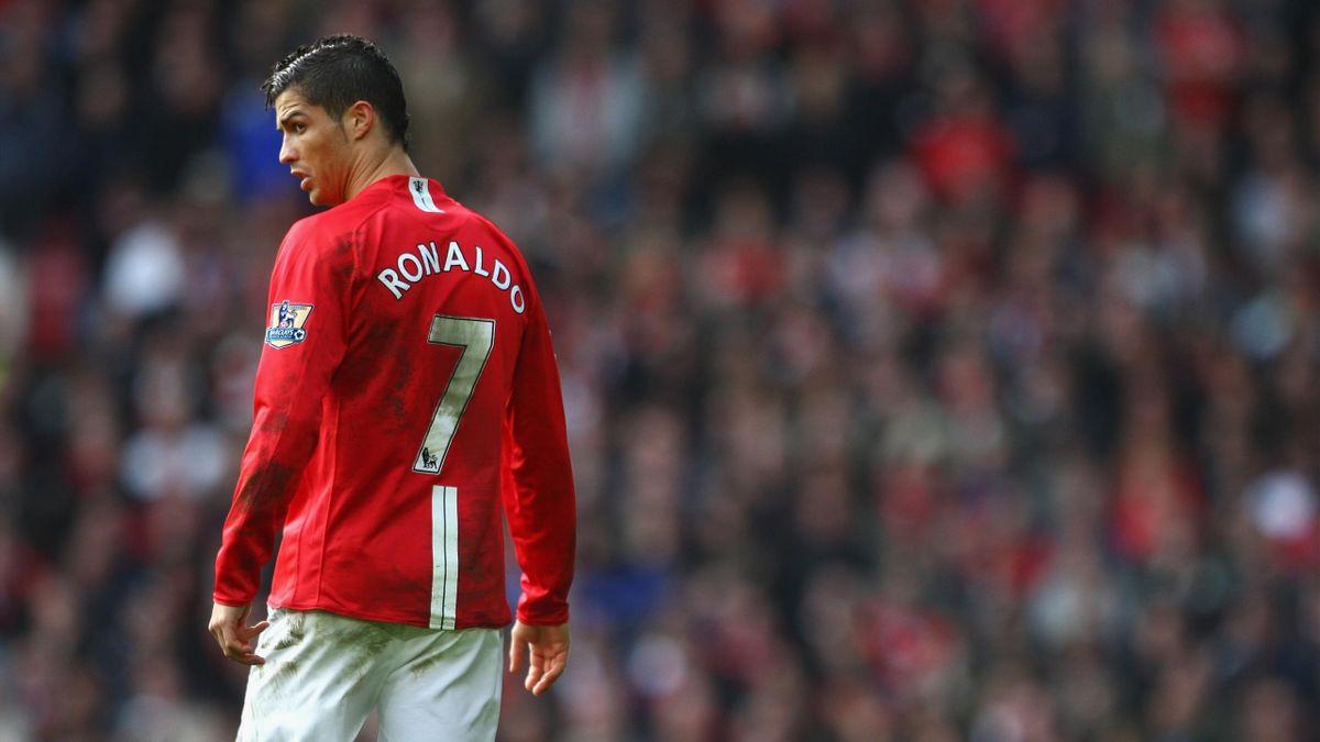 cristiano-ronaldo-de-retour-a-manchester-united-officiel