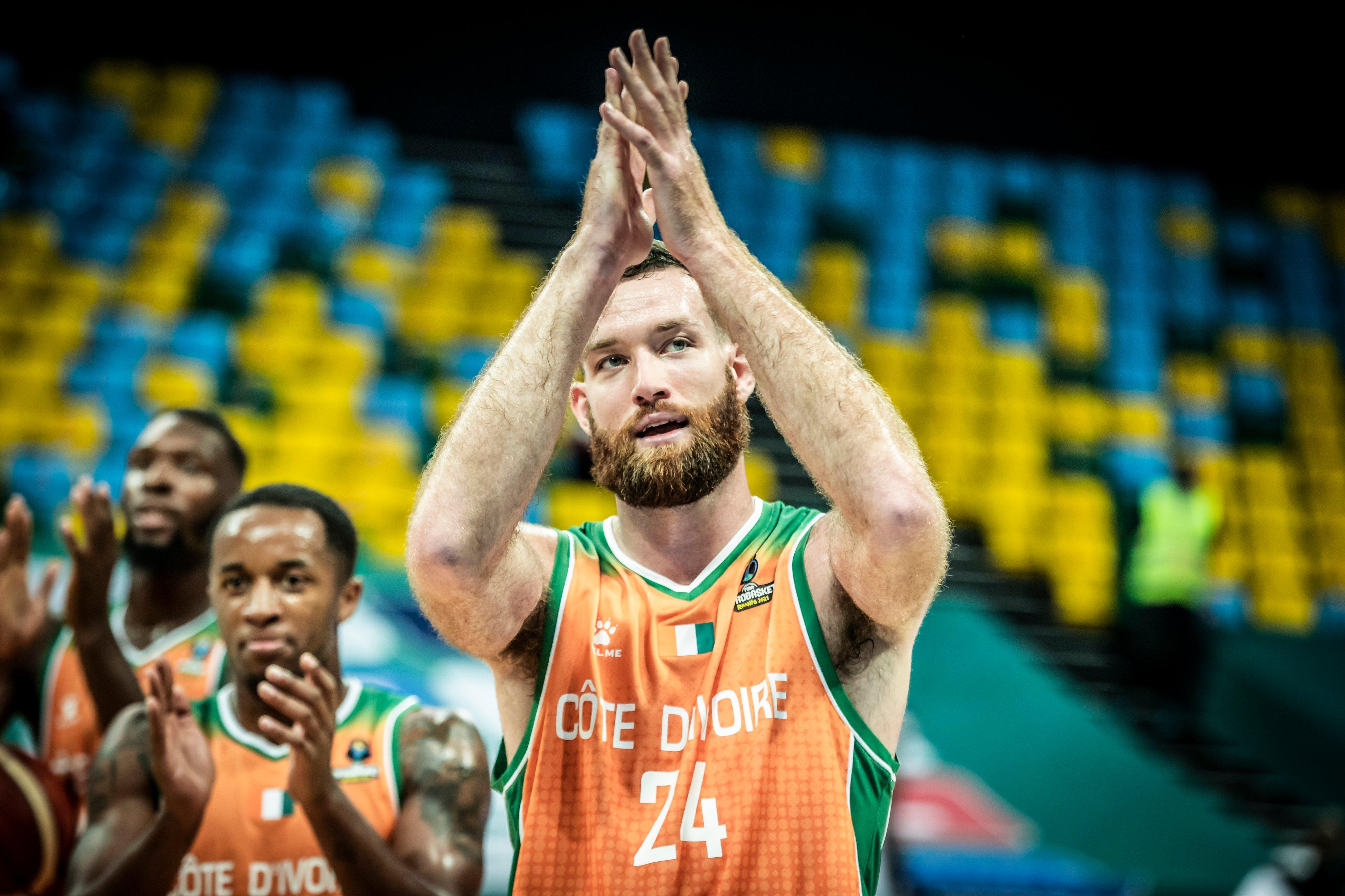 afrobasket-masculin-2021-la-cote-divoire-surclasse-le-nigeria-et-se-qualifie-pour-les-quarts