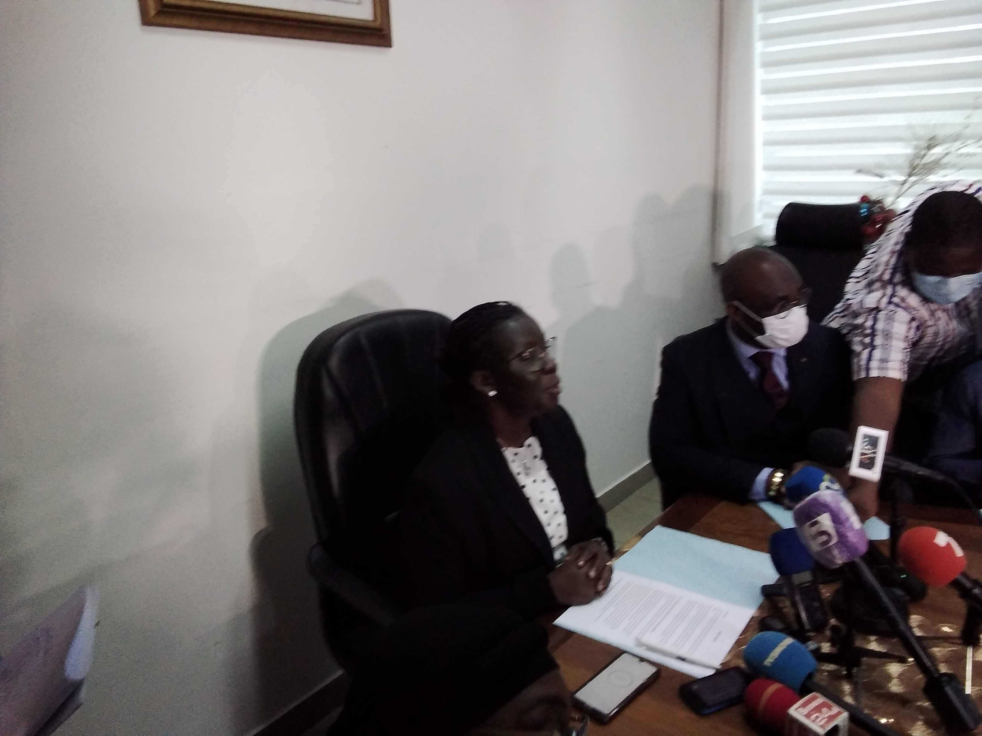 non-homologation-du-stade-de-yamoussoukro-les-precisions-du-ministere-des-sports-declaration