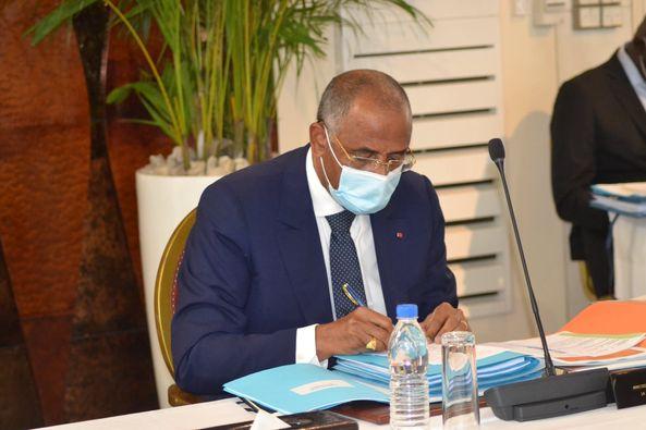 primature-confirme-premier-ministre-qui-est-patrick-achi
