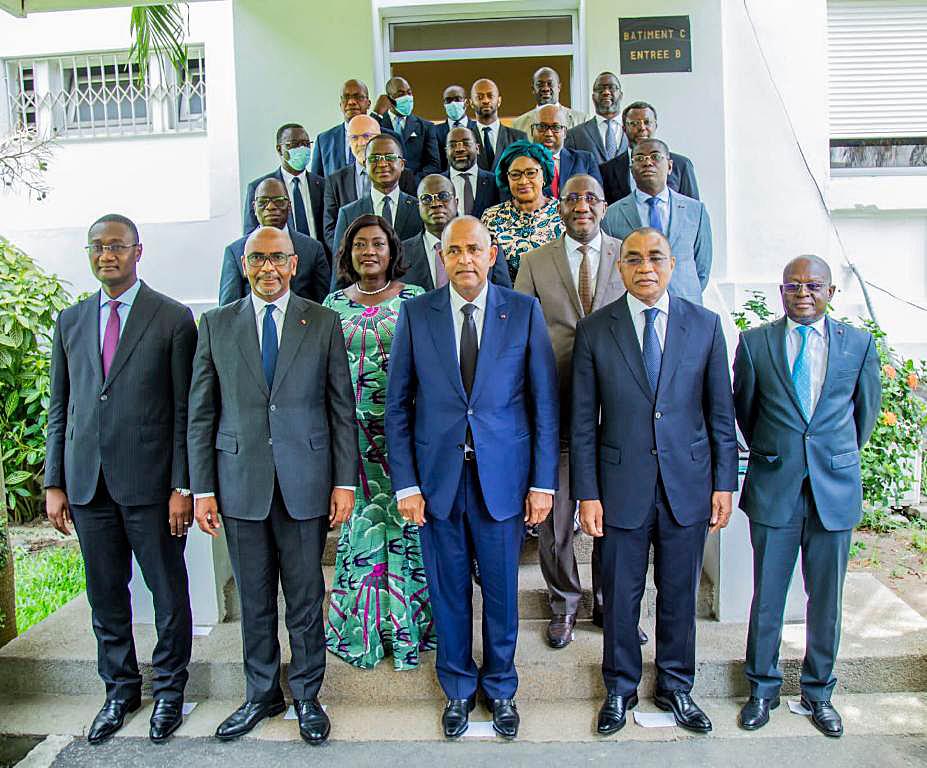 rencontre-patronat-ivoirien-premier-ministre-les-preoccupations-du-secteur-prive-au-centre-des-echanges