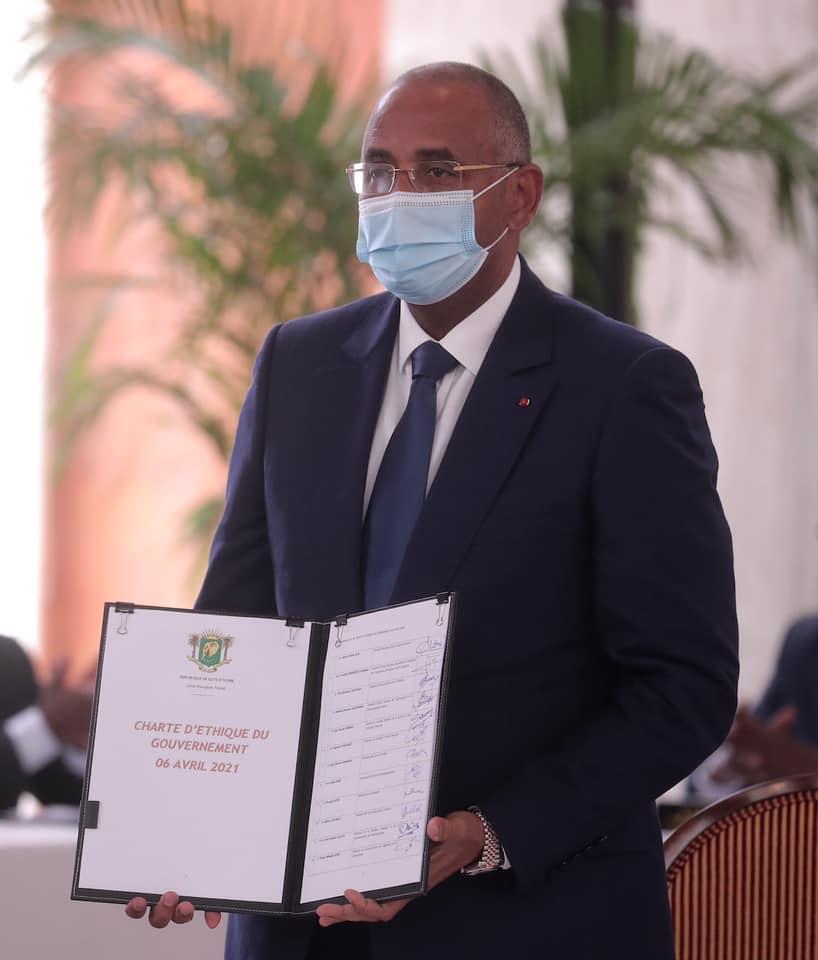 cote-divoire-les-ministres-signent-quotla-charte-dethique-du-gouvernementquot