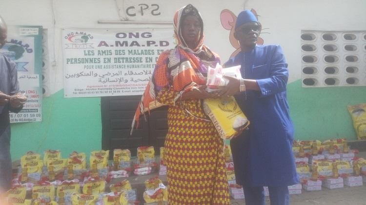 solidarite-ramadan-une-ong-daide-aux-personnes-en-detresse-offre-des-kits-alimentaires-a-plus-de-200-familles