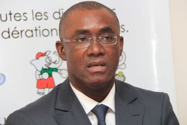 bourse-livoirien-dr-parfait-kouassi-reconduit-a-la-presidence-des-conseils-dadministration-de-la-brvm-dcbr