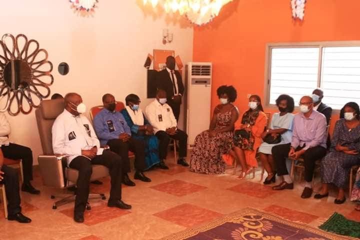 laurent-gbagbo-pleure-et-rend-un-hommage-emouvant-a-sangare-aboudrahamane-son-quotjumeauquot