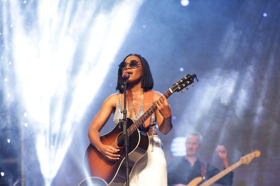 concert-au-sofitel-hotel-ivoire-phenomenal-asa