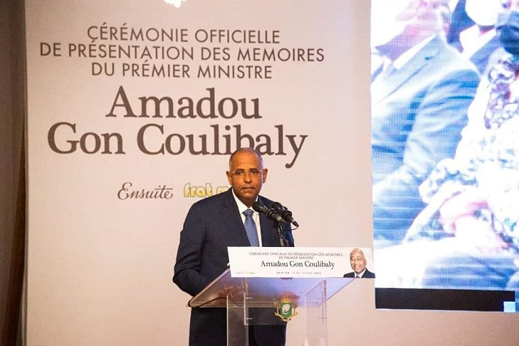 presentation-des-memoires-damadou-gon-coulibaly-quotjai-perdu-un-ami-mais-son-reve-est-en-moiquot-patrick-achi