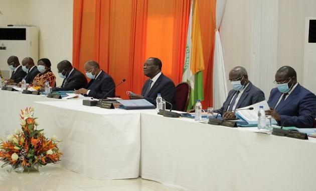 conseil-des-ministres-la-liste-des-directeurs-des-affaires-financieres-des-ministeres