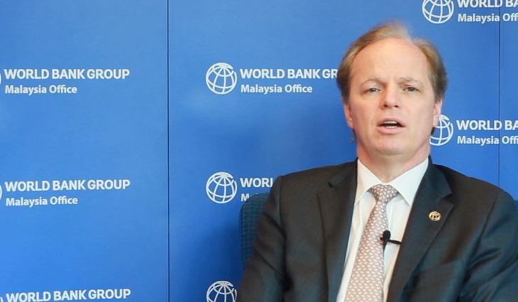 le-directeur-general-de-la-banque-mondiale-axel-van-trotsenburg-a-abidjan