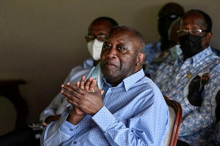visite-de-laurent-gbagbo-aux-prisonniers-le-gouvernement-dit-quotnietquot