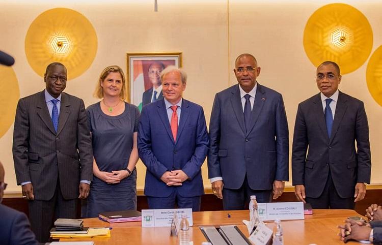 cooperation-economique-le-groupe-de-la-banque-mondiale-va-soutenir-la-mise-en-oeuvre-du-programme-quot-vision-2030quot-de-la-cote-divoire