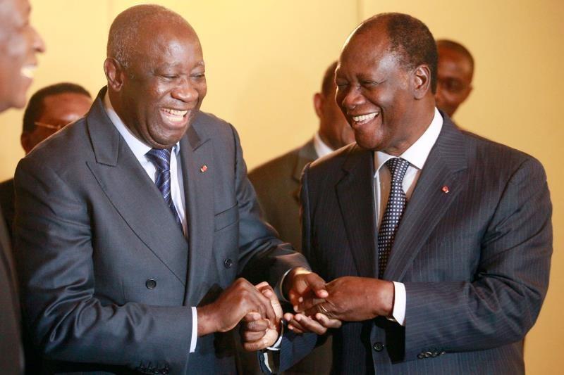 decrispation-alassane-ouattara-recoit-laurent-gbagbo-le-mardi-27-juillet-au-palais-presidentiel-officiel
