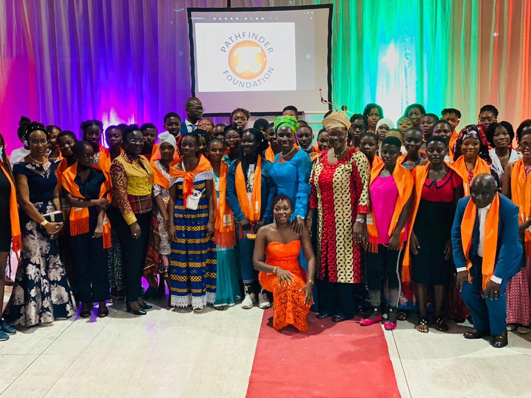 leadership-feminin-la-fondation-pathfinder-ci-soutient-la-formation-de-64-jeunes-filles-scientifiques-ivoiriennes