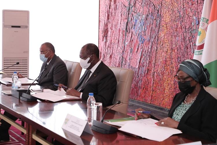 conseil-national-de-securite-ouattara-instruit-larmee-a-poursuivre-les-operations-de-lutte-contre-le-grand-banditisme-et-lorpaillage