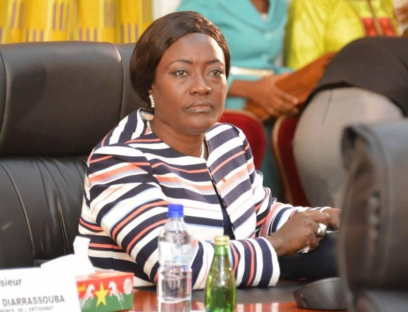 rentree-scolaire-2021-2022-non-respect-du-code-de-conduite-voici-les-sanctions-auxquelles-sexposent-les-personnels-du-ministere-de-leducation-nationale