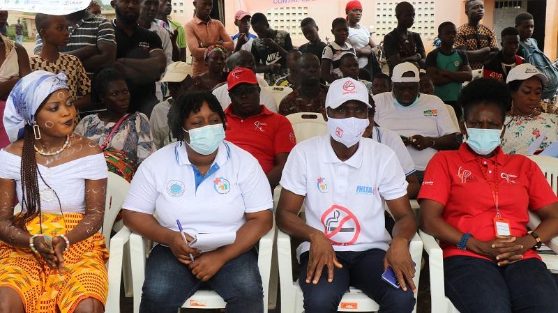 lutte-contre-le-sida-les-populations-de-dabou-sensibilisees-a-loccasion-de-la-finale-de-quotradio-vacances-2021quot