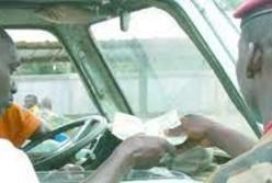sécurité routière,policiers,police,forces de l'ordre