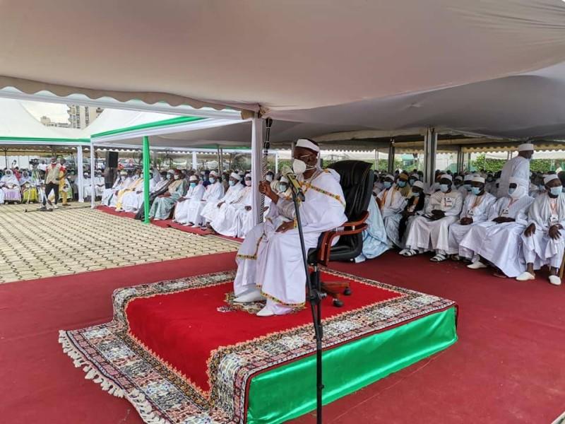 religion-le-maoulid-commemoration-de-la-naissance-du-prophete-mohamad-celebre-dans-la-nuit-du-lundi-17-au-dimanche-18-octobre-cosim