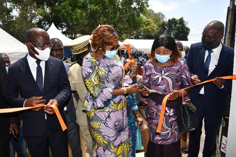 fonctionnement-des-structures-sanitaires-ivoiriennes-le-ministre-pierre-dimba-visite-le-chu-de-bouake